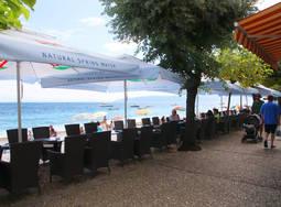 Croatie Terrasse Croatie Pula   Voyage en Croatie
